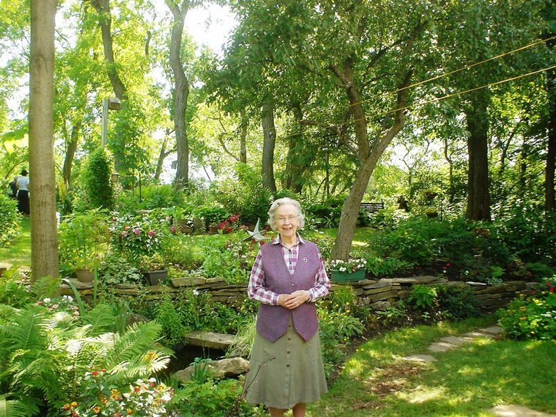 Else Geuer in her Almonte garden