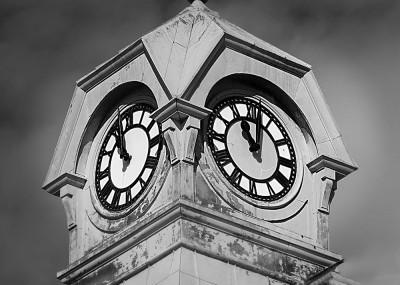 almonte clock-1000