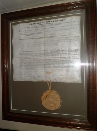 Crown patent & seal 1