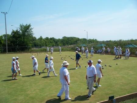 Lawn-Bowling-450x337