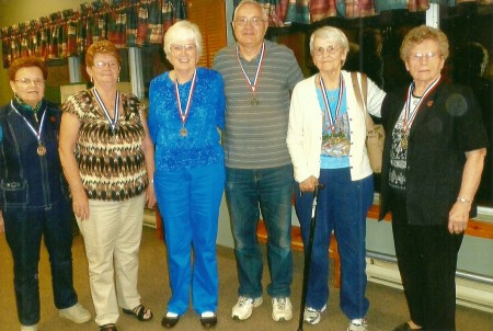 The Bid Euchre winners left to right:  are Bronze Medals-Margaret Sadler & Margaret Clement; Silver Medals-Pat  & Dave Cave Gold Medals-Bev Smith & Marion Timmins