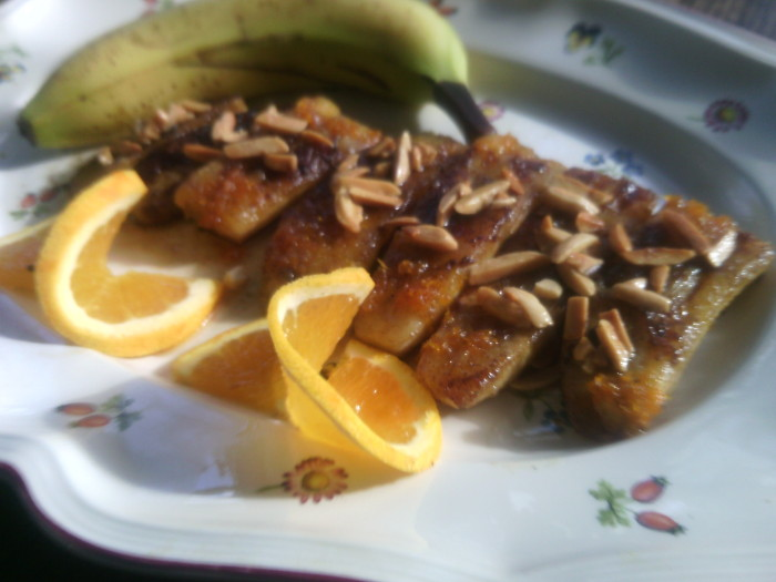Maple and slivered almonds over bananas