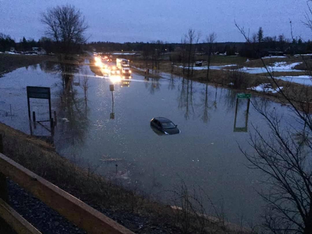 Flooding closes Highway 29 at Pakenham